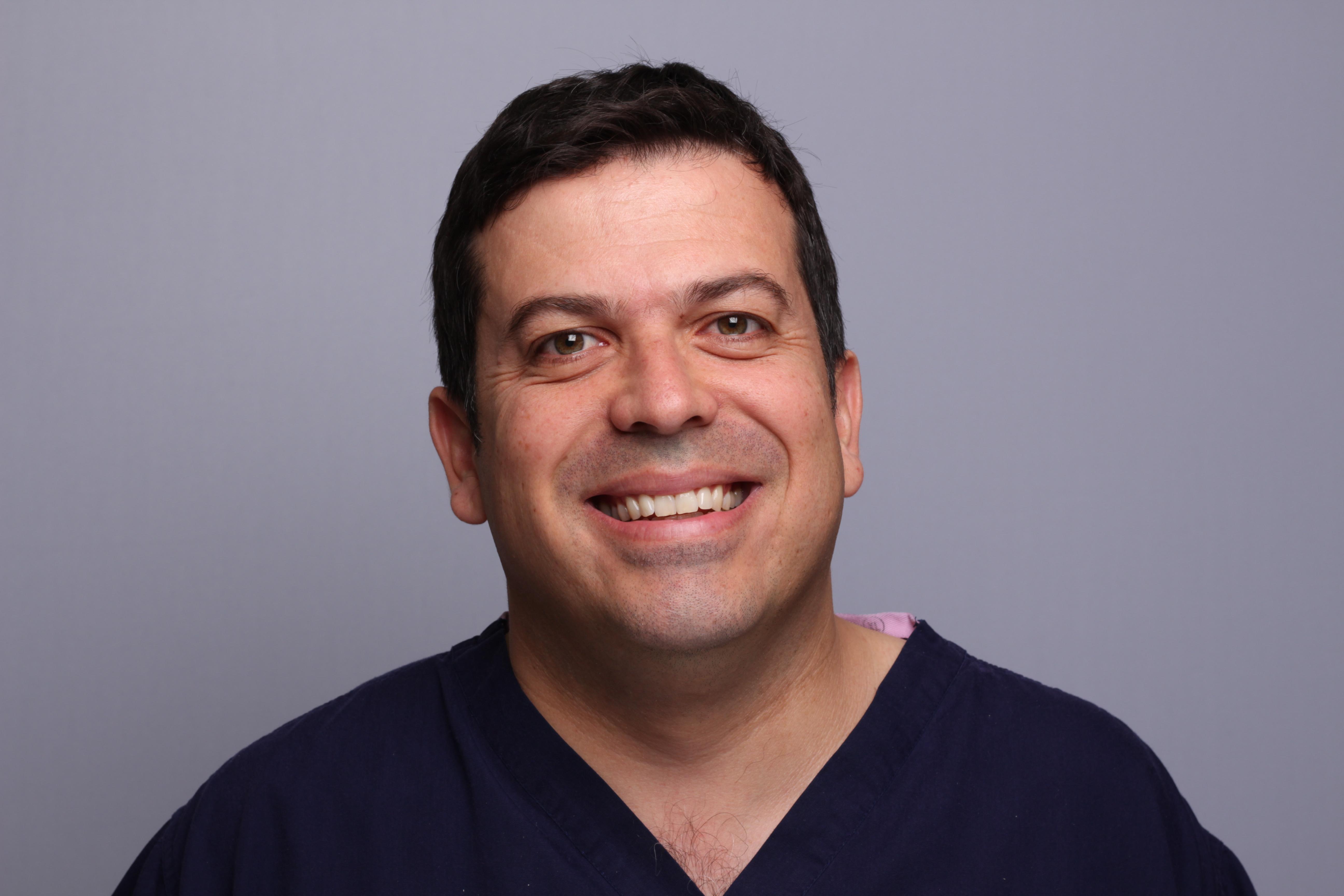 Dr Bruno Silva, the Brighton implant clinic
