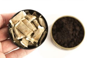oral health and smokeless tobacco