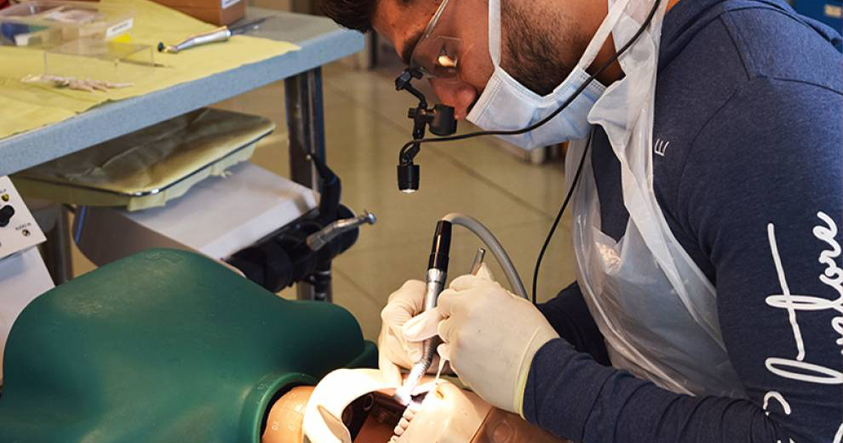 About the Advanced Aesthetic Dentistry Course